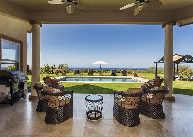 Covered Lanai Overlooking Private Pool and Ocean Views - Magnificent Ocean Views, Pool, Walk to Beach, Surrounded by Fruit Orchards - Kailua-Kona - rentals