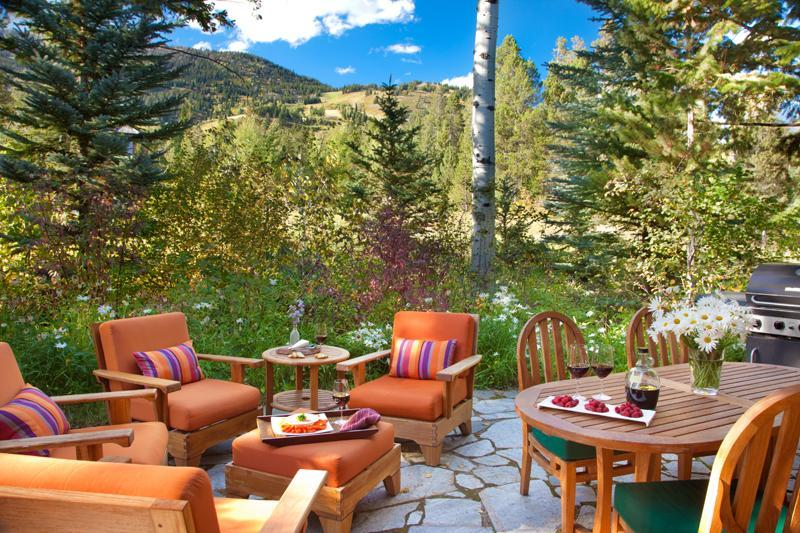 Outdoor Patio and Dining Area - Granite Ridge Homestead 03 - Teton Village - rentals