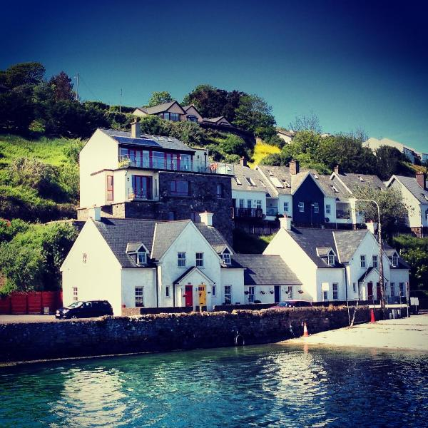 No 1 lobster Cottage from the water. (Red Door) - 1 Lobster Cottage - at the 'World's End', Kinsale - Kinsale - rentals