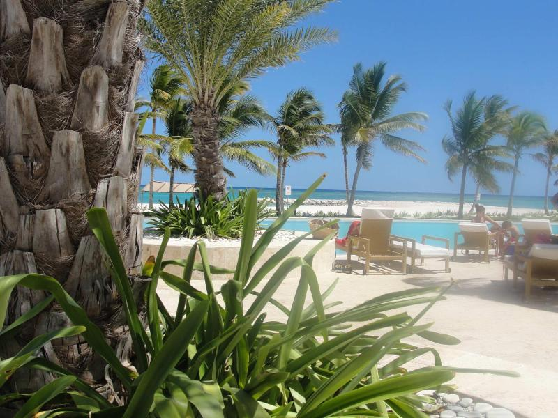AQUAMARINA OUTSIDE POOL AREA  AND  FRONT VIEW - CapCana - Punta Cana  Beautiful 5** 2B Oceanfront - Punta Cana - rentals