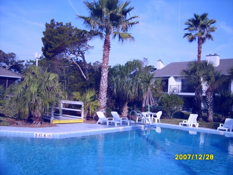 pool -hot tub where I am standing - White sand beach paradise. - Saint Augustine Beach - rentals