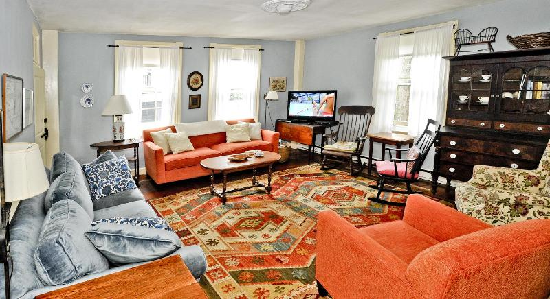 living room - Charming historic 7 BR home near town center - Nantucket - rentals