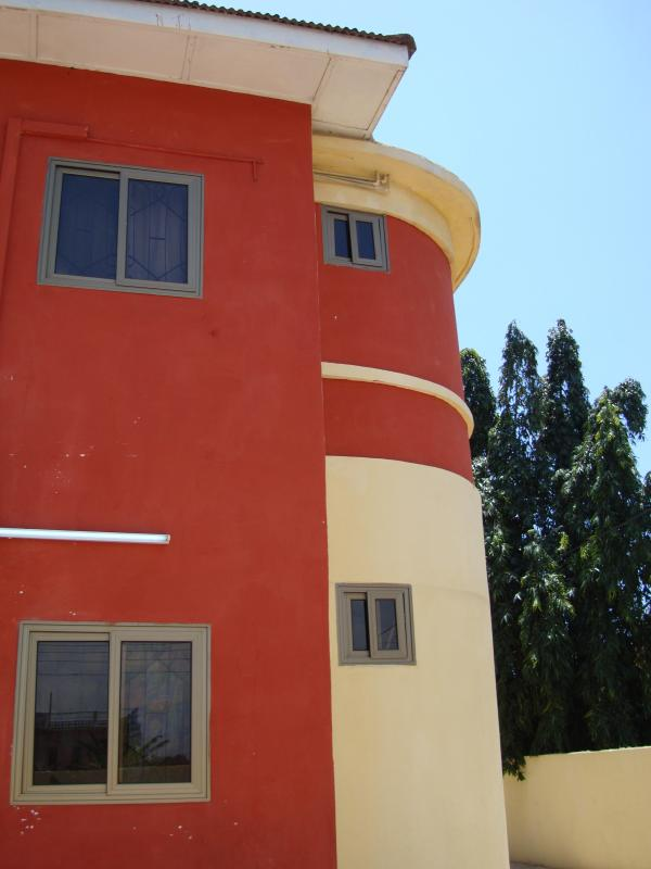 The Frontage of Osu Kuku Hill Apt Building - T.N. Hospitality Self Catering Budget Apt-Ground F - Accra - rentals