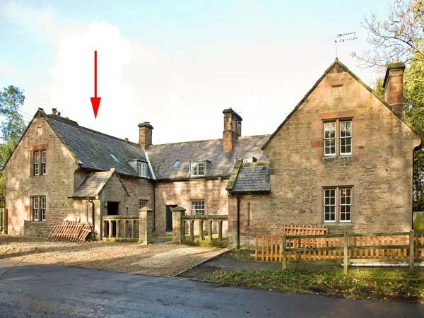 GARDENER'S COTTAGE, stone cottage with woodburner, near stream and castle, in Chillingham near Chatton Ref 13776 - Image 1 - Chatton - rentals