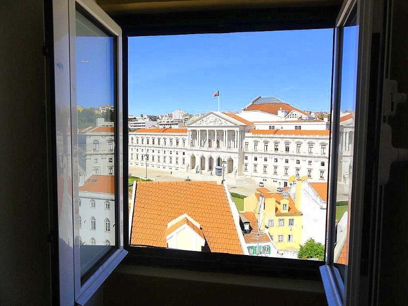 Quintinha Attic - Image 1 - Lisbon - rentals