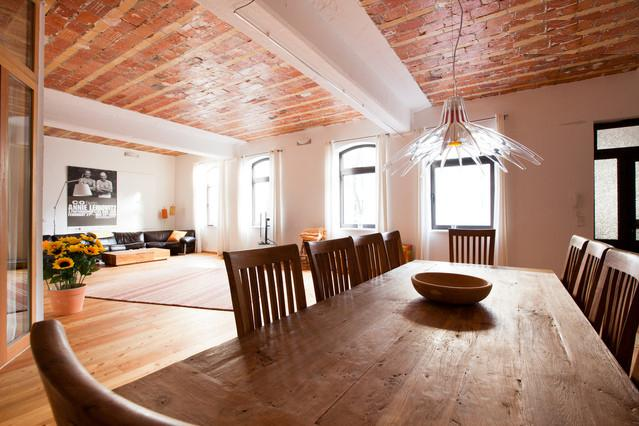 2 Story Horse Stable Vacation Rental in Berlin - Image 1 - Berlin - rentals