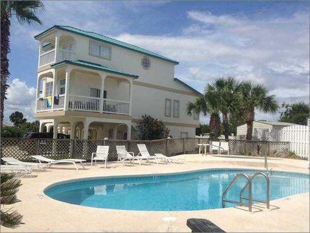 Our building next to pool and hot tub. We own left side of building so you don't get the pool noise. - Lg Modern Family Townhome-Beach, Pool-Sleeps - 12 - Panama City Beach - rentals