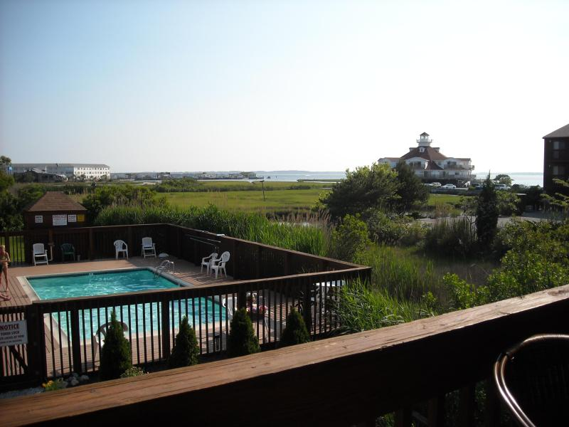 Unit overlooks the pool so you can keep an eye on the kids - Bayside 2 BR 2 BATH unit at SUNSET LANDING 58th St - Ocean City - rentals