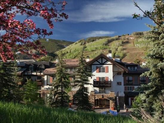 The Austria Haus Club - located in the center of Vail Village, just a short walk to the Vista Bahn ski lift, with mountain views from every residence - Luxury accommodations in the center of Vail Village and a short walk to the Gondola One Ski Lift. - Vail - rentals