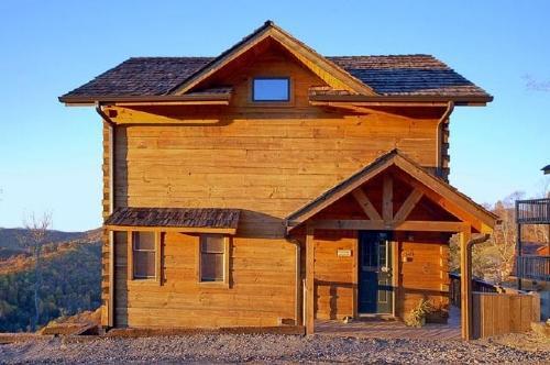 Mountain Escape ~ Exterior - Mountain Escape at Scenic Wolf Resort - Asheville - rentals