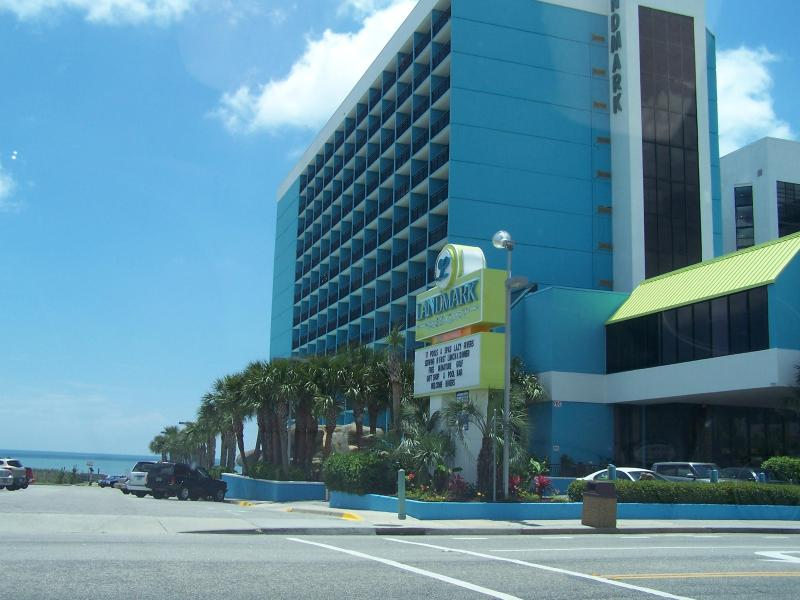 LANDMARK BUILDING - LANDMARK..STAY 7 NIGHTS ONLY PAY FOR 5! - Myrtle Beach - rentals