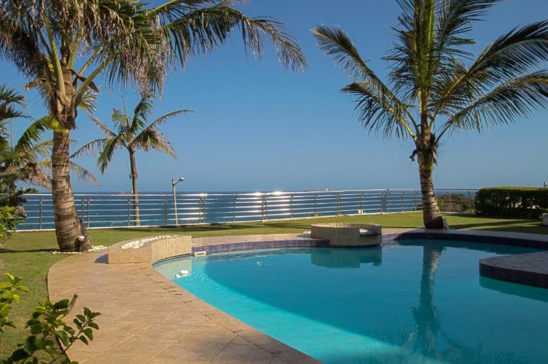 Seashelles Self-Catering - First Level Apartment - Image 1 - Umhlanga Rocks - rentals