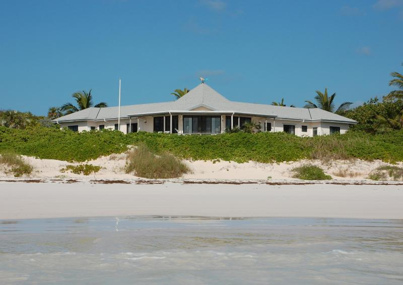 Perched on the beach, Surf Song is a wonderful retreat for up to eight people. - Surf Song - Windermere Island Ocean Front Home - Eleuthera - rentals