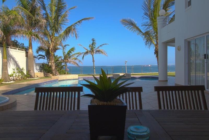 Ground Floor With Stunning Sea Views - Seashelles Umhlanga Beach View Apartment - Umhlanga Rocks - rentals