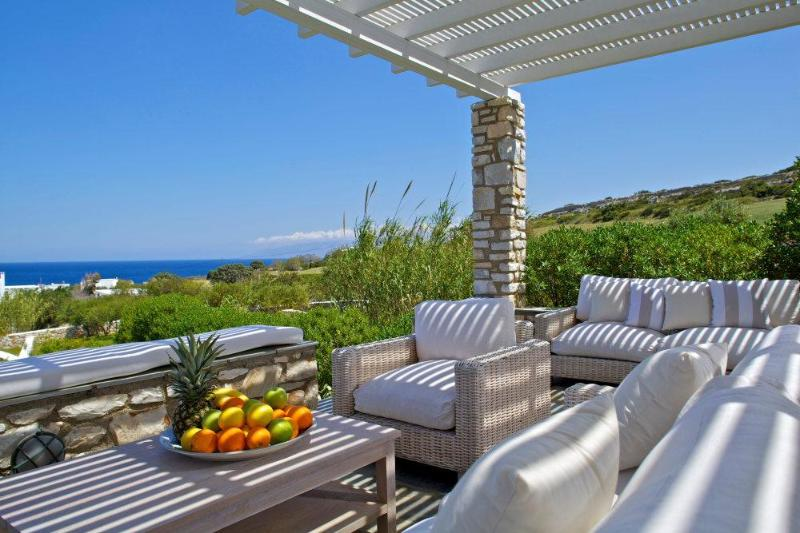 Luxury Beach Villa with fantastic sea views - Image 1 - Parikia - rentals