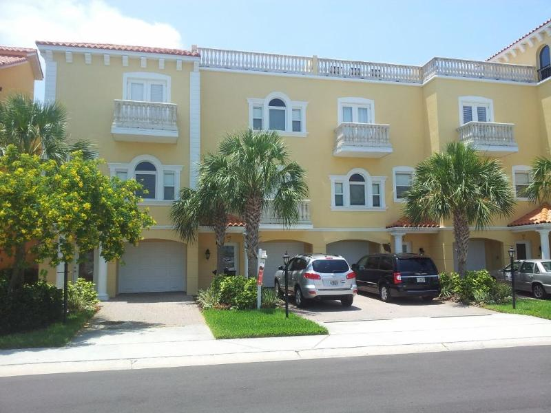 145 Brightwater Drive, Unit 2 - Beautiful  Clearwater  Beach  Townhouse Waterfront - Clearwater - rentals
