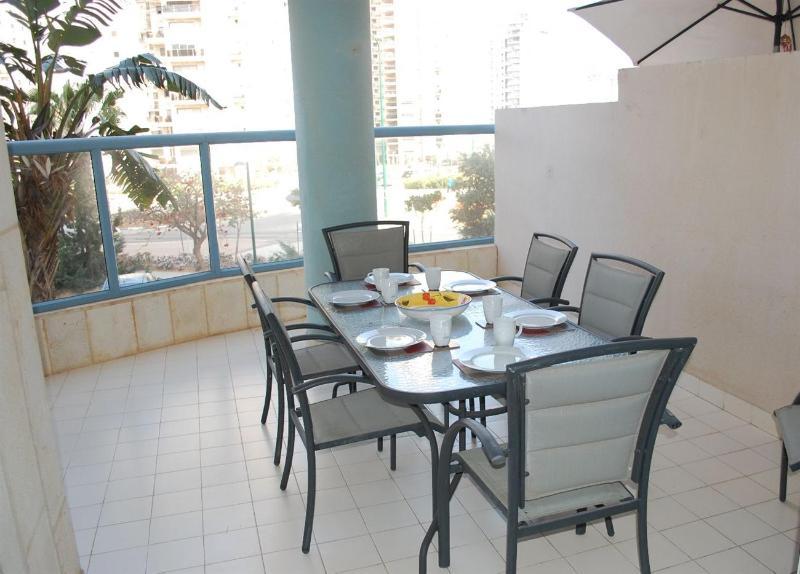 Elegant 3 Bedroom Apartment, Ramat Poleg, Netanya - MB01K - Image 1 - Netanya - rentals