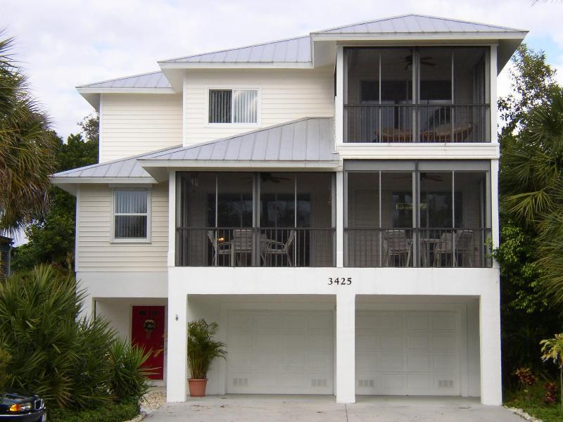 Casa Bones Del Mar - Casa Bones Del Mar - Family Reunion House - Fort Myers Beach - rentals