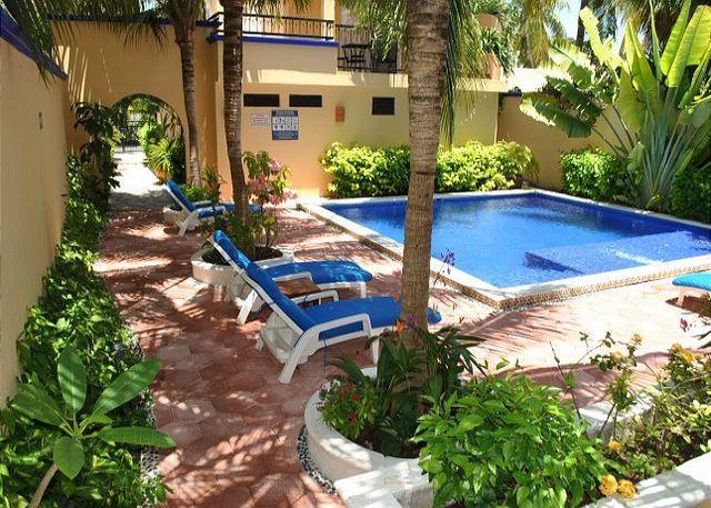 Pool, garden and BBQ - Modern, comfortable one bedroom w king - Puerto Morelos - rentals