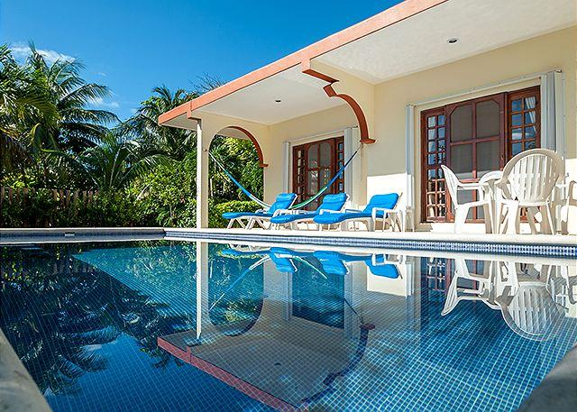 Quaint 2 bdrm, 2 bath home with pool and huge yard, partial ocean view - Image 1 - Puerto Morelos - rentals