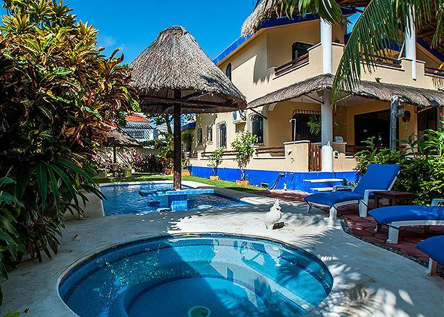 Hot Tub & Pool in Private Back Yard. - Beautiful Studio, Balcony, Kitchen, Ocean Breezes, Pool & Hot Tub. - Puerto Morelos - rentals