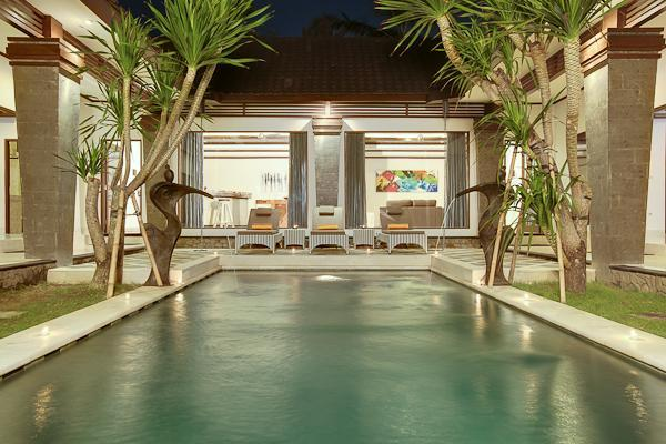 Swimming Pool with view on the living Area - Villa Aramis by the Beach Special rates available - Seminyak - rentals
