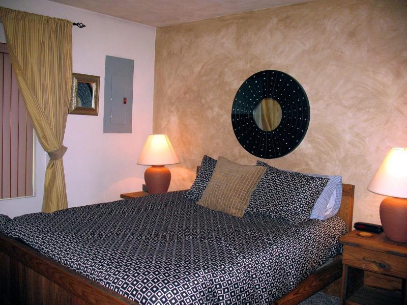 Master bedroom - Casabella - Relaxing Ski Mountain Getaway - Hidden Valley - rentals