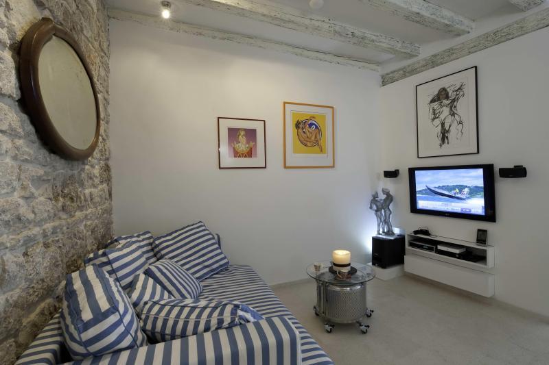 Whoo Art - Image 1 - Komiza - rentals