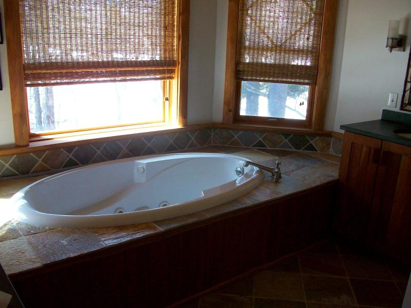 master bath jacuzzi - Spread Eagle Way  Whiteface Club  Lake Placid  NY - Lake Placid - rentals