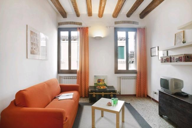 A comfortable and cosy apartment in the Santa Croce district - Image 1 - Venice - rentals