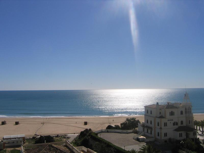 View from balcony - 2 Bedroom Seaview 50m from Beach Apartment - Praia da Rocha - rentals