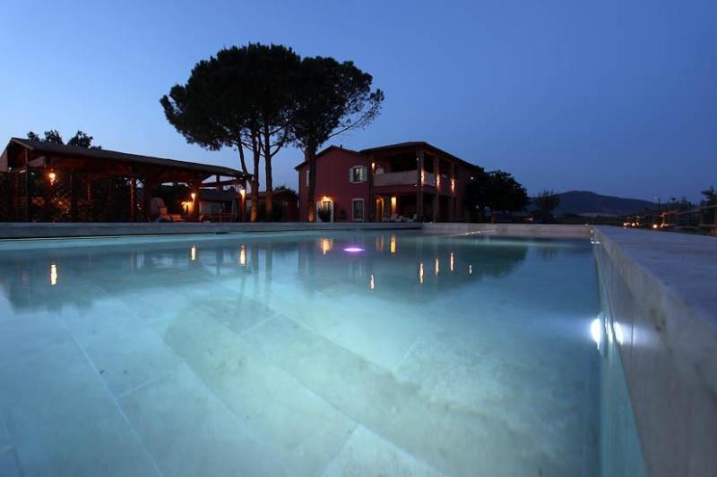 """villa with the pool - Borgo San Giuliano, apartment """"Il Padrone"""" in charming villa - Grosseto - rentals"""