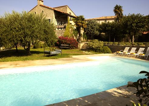A view of the house and pool. - Les Oliviers - by Holidays France Rentals - Cesseras - rentals