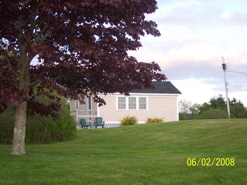 Maine Ocean Front 2 Bedroom Cottage - Image 1 - Tenants Harbor - rentals