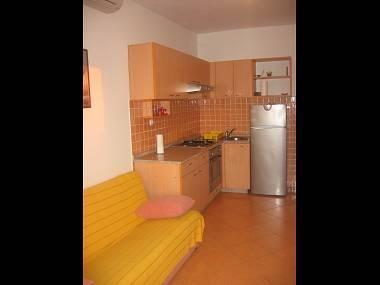 A4 Jurica (2+1): kitchen and dining room - 5674 A4 Jurica (2+1) - Jelsa - Jelsa - rentals