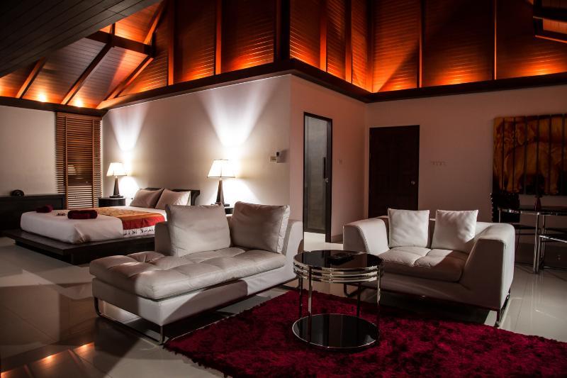 Master suite, with lounge area. - Kata View Villa - Luxury 4 Bed, Private Pool Villa - Kata - rentals