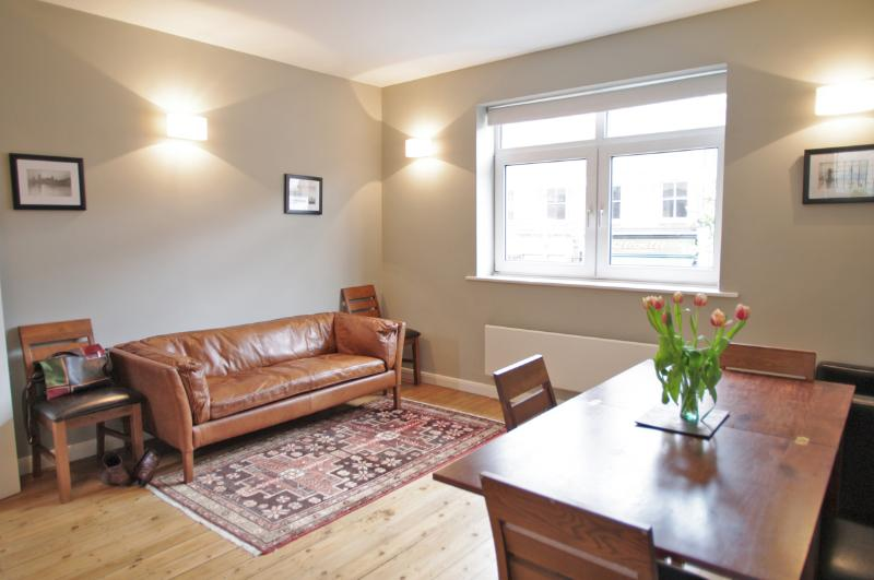 Comfortable Waterloo Vacation Home in London - Image 1 - London - rentals