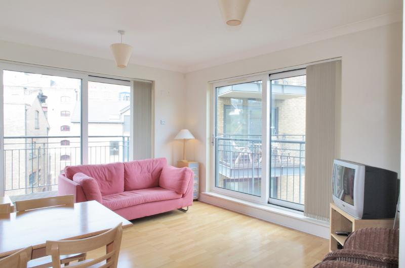 Tower Bridge Pied-e-Terre from The London Agent - Image 1 - London - rentals