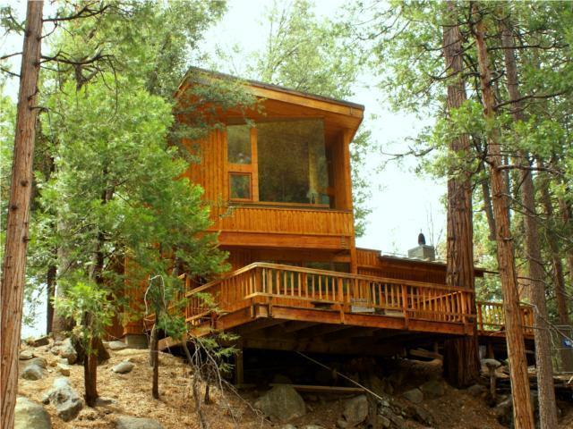 View from Strawberry Creek - Upper Rim Rock-Architectural Masterpiece-Creek - Idyllwild - rentals