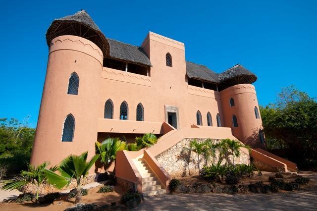 Front - Dhow House Watamu - stylish Lamu-style 5 bed Villa - Watamu - rentals