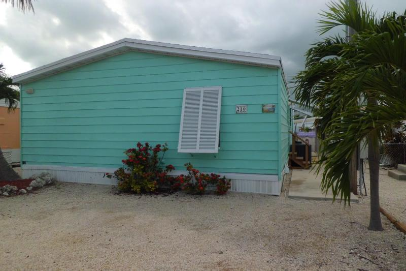 FRONT OF HOUSE - Florida Keys  Relaxation Getaway - Key Largo - rentals