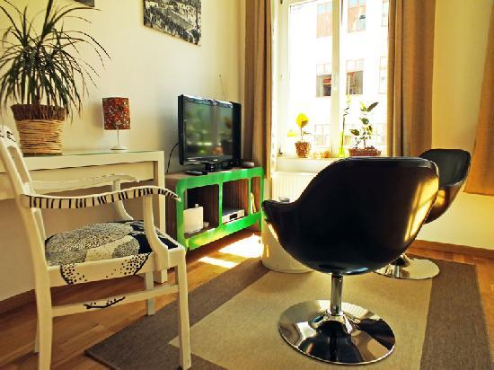 Vacation Apartment in Leipzig - 377 sqft, stylish, central, traditional (# 2878) #2878 - Vacation Apartment in Leipzig - 377 sqft, stylish, central, traditional (# 2878) - Leipzig - rentals