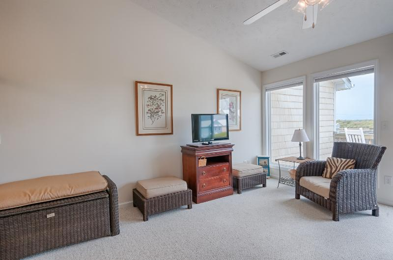 Toes In The Sand - 3 BR, 3 BA Topsail Getaway !!! - Image 1 - Surf City - rentals