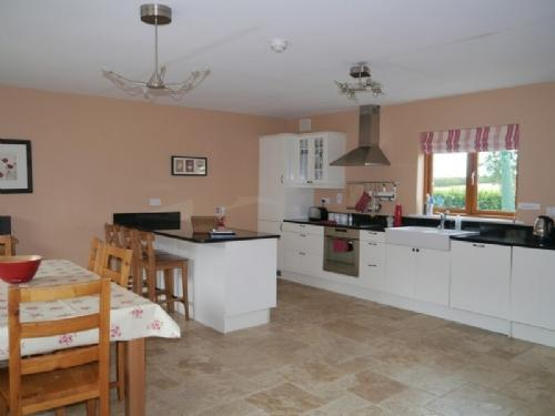 THE STABLES, Meath Country Cottages, Co Meath, Ireland - Image 1 - County Meath - rentals
