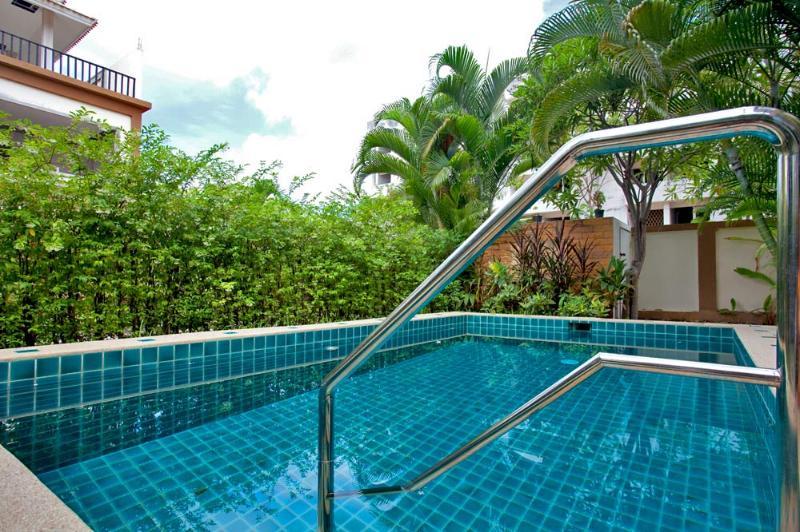 Pool Villa Painite 1B Pratumnak PATTAYA'S  Prime Location - Image 1 - Jomtien Beach - rentals