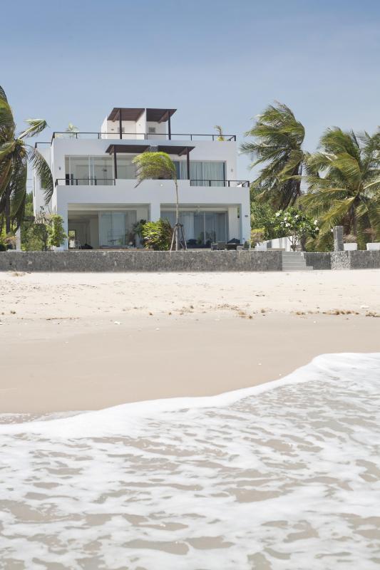 Real Beachfront Villa - Beachfront Villa with Pool 3 Bedroom South Hua Hin - Prachuap Khiri Khan - rentals