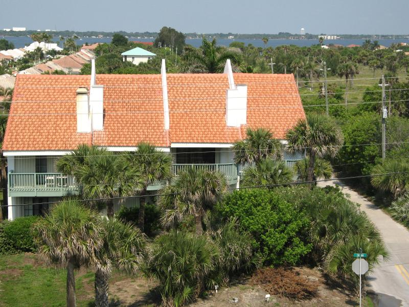 View of Indian River 1/4 mile away at the end of Landings Road - Ocean Views, PRIVATE: pool-beach-river access in F - Melbourne Beach - rentals