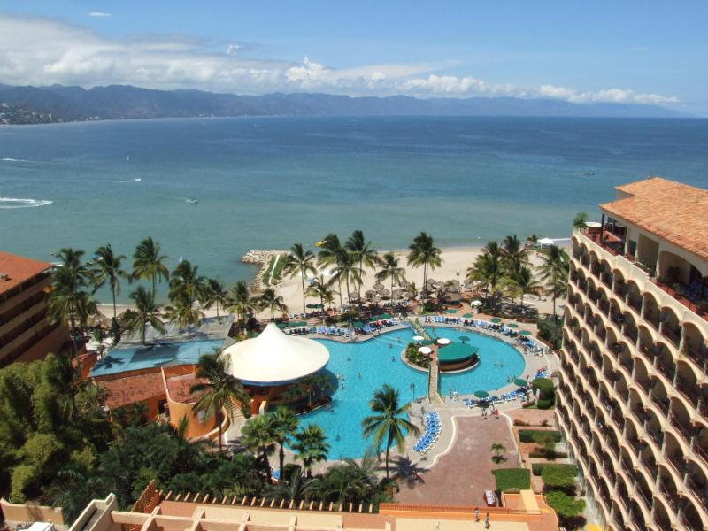 Spectacular Views from the balcony of Ocean, Beach, Pool of Sunscape Resort and Spa. - Oceanfront 2 Bdrm, $55/nt. May-Oct, Spectacular Ocean Views - Puerto Vallarta - rentals