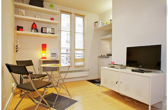 Beautiful Montmartre Vacation Studio - Image 1 - Paris - rentals