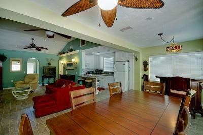 Open floor plan - Sea 'Esta - 890 North Shore - Anna Maria - rentals
